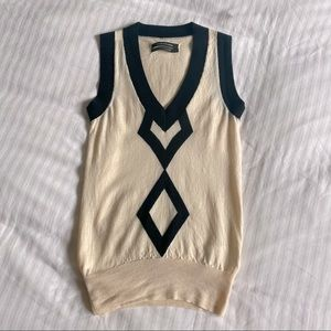 Club Monaco vintage style V-neck sweater vest